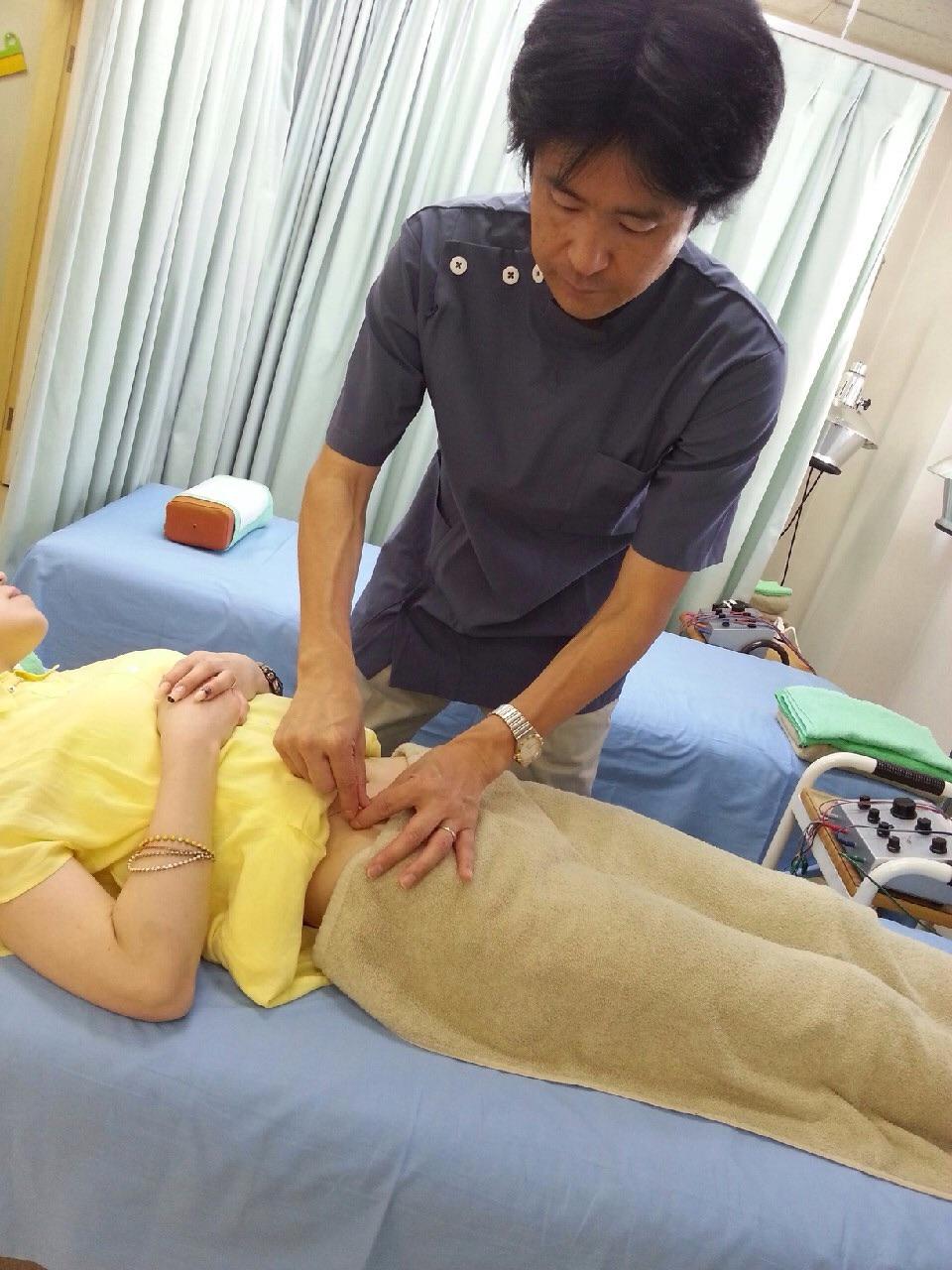 大阪市平野区Kさん耳つぼ痩身法で1ヶ月3kg痩せたらお腹周りが8cmサイズダウン