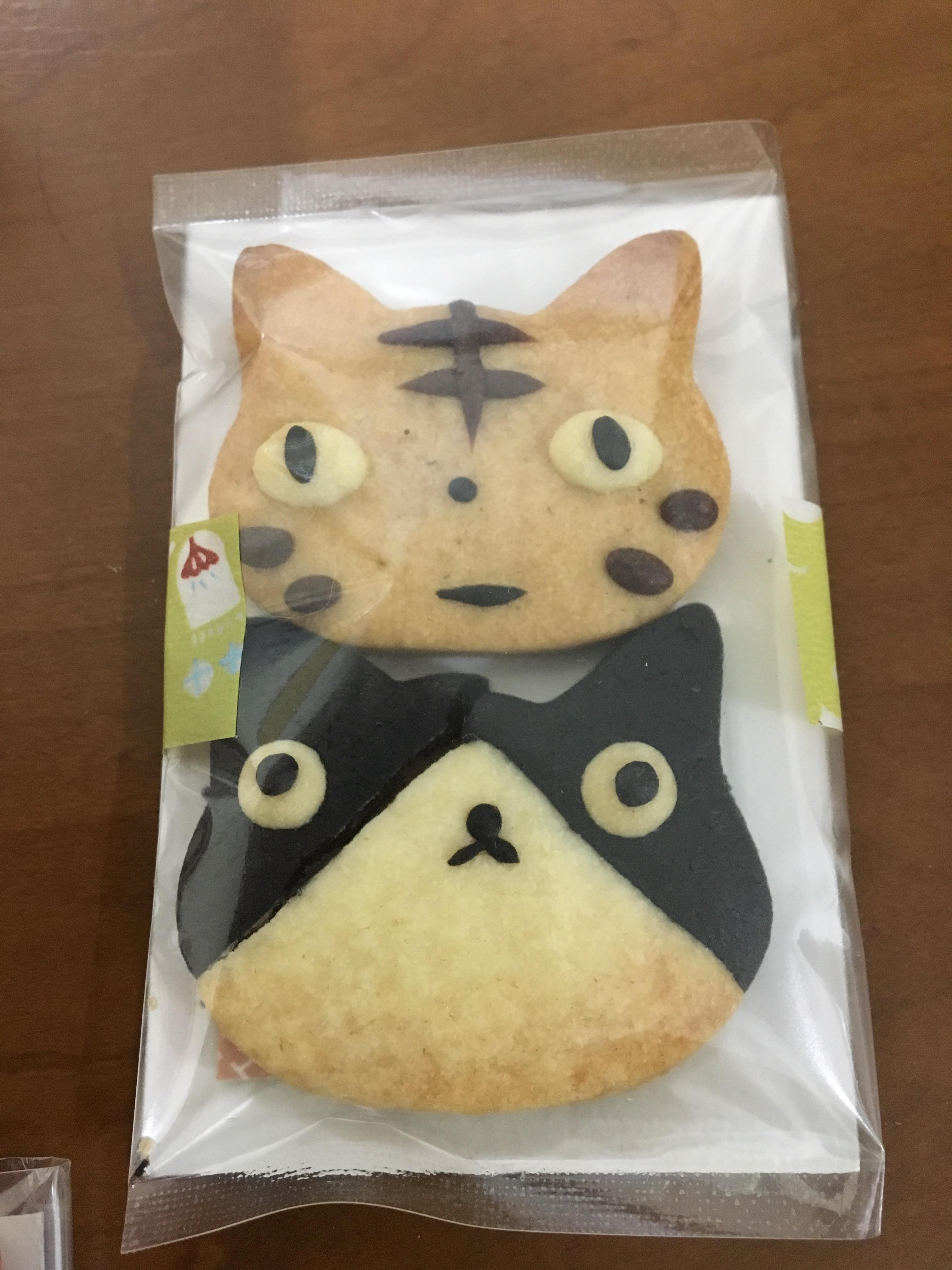 猫ちゃんクッキー頂きました(=^ェ^=)