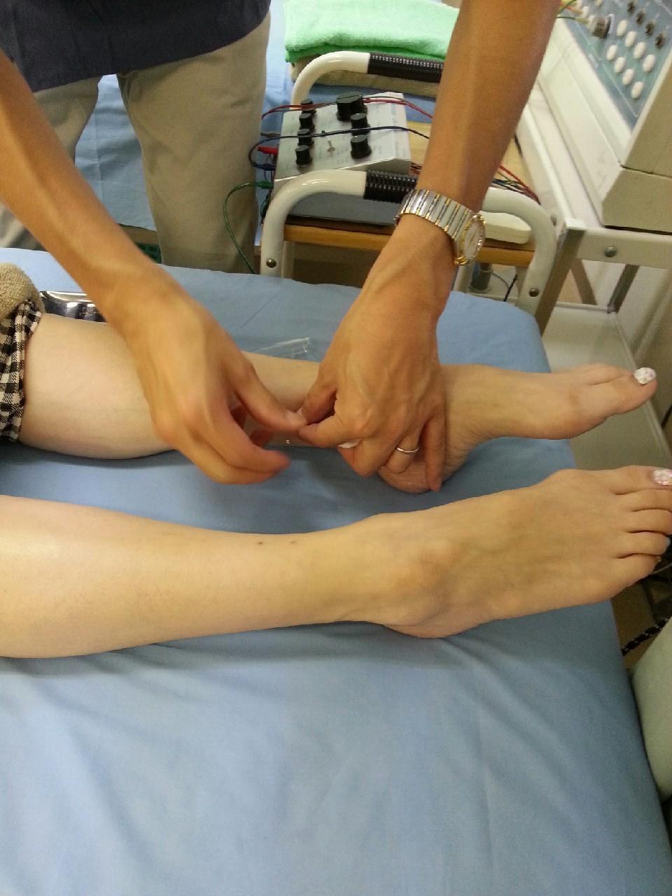 三陰交のツボで生理前のしんどさ(PMS)を改善。下半身痩せにも効果的。